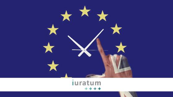 reloj con bandera de la UE