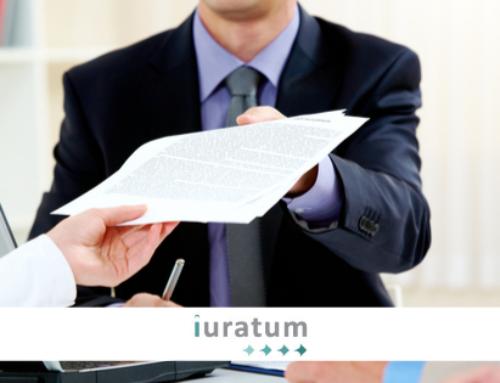 Compulsar un documento, ¿antes o después de su traducción jurada?